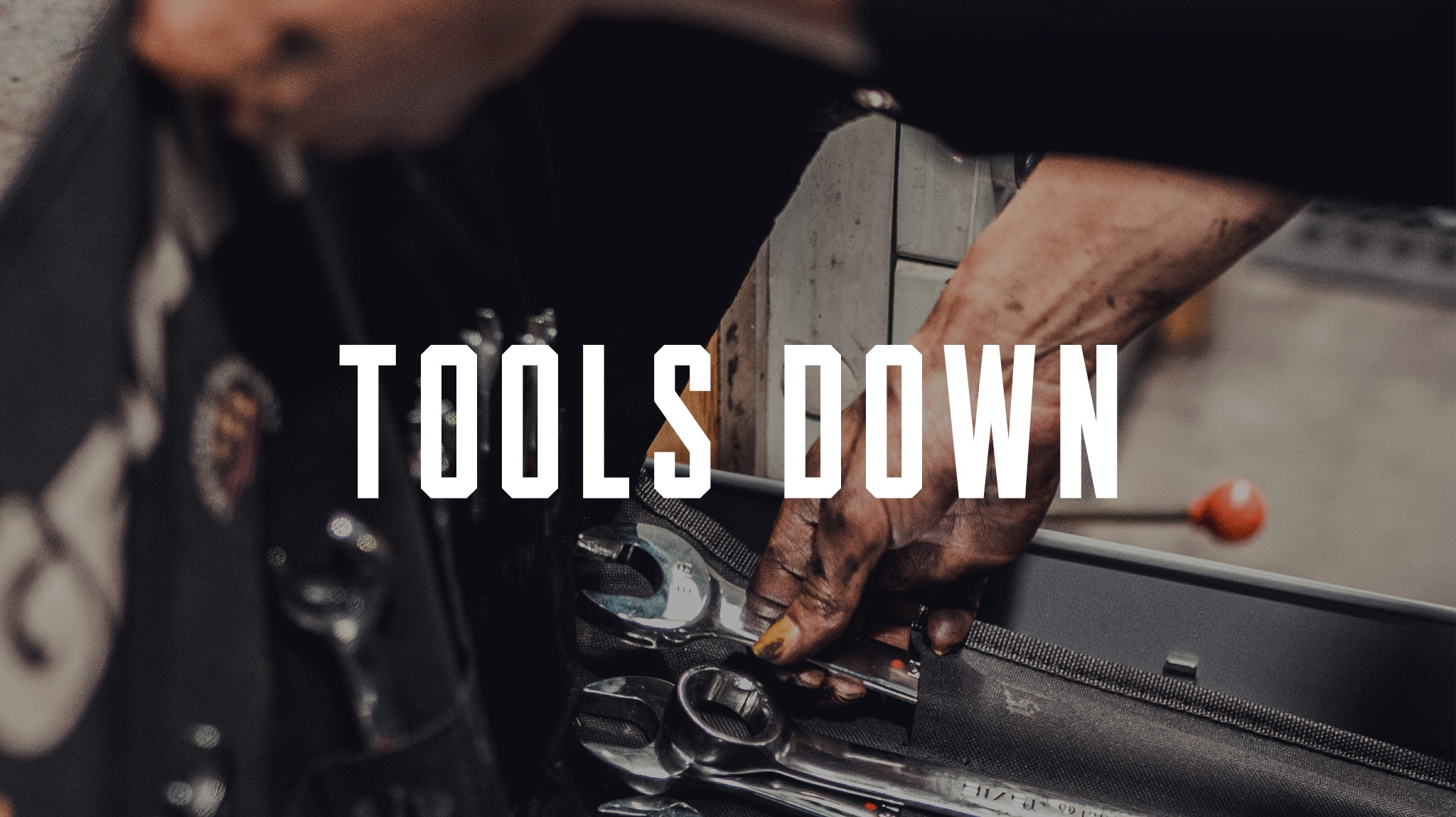 Tools down at Kustom Kommune CVID-19